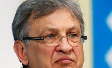 Янукович уволил Министра финансов