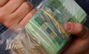 Сельский голова и землеустроитель попались на взятке в 161 тыс грн