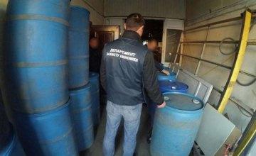 На Днепропетровщине разоблачили подпольный цех по изготовлению суррогатного алкоголя (ФОТО)