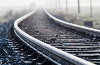 Под Житомиром товарный поезд насмерть сбил мужчину