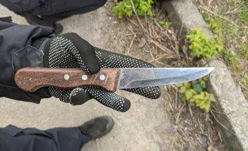В Днепре полицейские обнаружили несовершеннолетнего с ножом: мальчик хотел покончить с собой