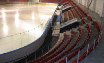Горсовет выделил почти 800 тыс. грн на «Ледовую арену»