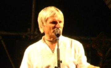 Олег Скрипка провел «Етно-диско вечорниці на Дніпрі!» (ВИДЕО)