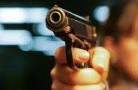 В Днепропетровской области люди в масках устроили засаду и ограбили автомобиль: похищено 250 тыс грн