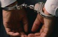 В Днепропетровске милиционер задержал мужчину, устроившего поножовщину на остановке