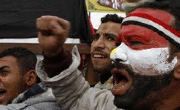 В результате акций протеста в Египте погибли почти 300 человек