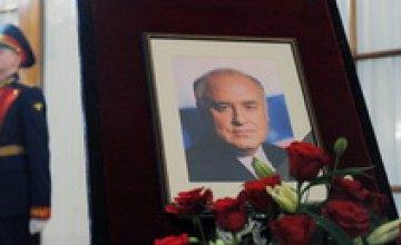 Сегодня похоронят Виктора Черномырдина