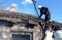 В Днепре спасатели за полчаса погасили пожар в частном секторе  (ВИДЕО)