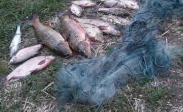Сети, забродные костюмы и незаконный улов: полицейские Днепра обнаружили браконьеров