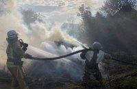 В Днепропетровской области из-за пожара в экосистеме загорелся жилой дом