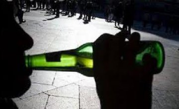 В Днепропетровской области за 7 месяцев было арестовано 12 человек за распития алкоголя в общественных местах