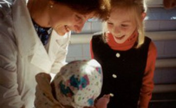 Минимальная помощь по уходу за ребенком составит 130 гривен в 2008 году
