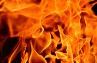 В Днепре ночью загорелся торговый павильон