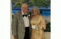 В США 89-летний пенсионер стал королем выпускного бала