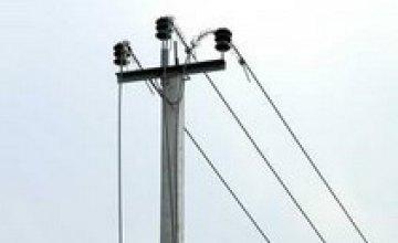 В Пятихатском районе 21-летний парень разобрал электроопоры на металлолом