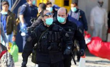Греция ограничила передвижение граждан, выход из дома надо объяснять