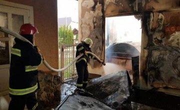 В Закарпатской области загорелся мебельный цех