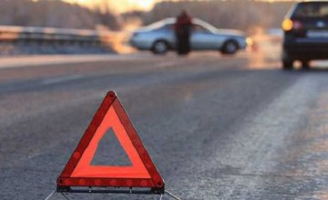 В Днепре на Калиновой насмерть сбили пешехода: полиция разыскивает свидетелей