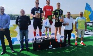 До Дніпра з нагородами: спортсмен Дмитро Маляр виграв золото та срібло на етапах Кубка України з триатлону