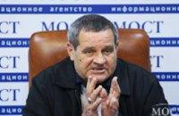 Водитель Валерий Тимонин рассказал о попытке заблокировать убийцу полицейских, о звонке Порошенко и о том, как жена с детьми узн