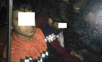В Черниговской области пограничники задержали 4-х нелегалов из Бангладеш