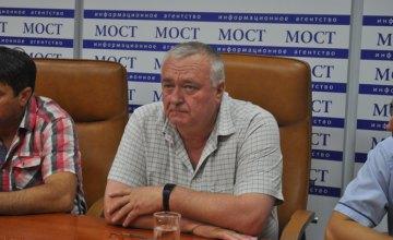 Массовая гибель пчел на Днепропетровщине – это реальная экологическая катастрофа, - Анатолий  Гайворонский