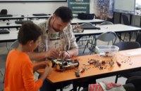 На Днепропетровщине уже выбрали учителей для школ робототехники