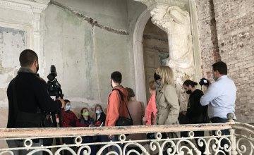 В Днепре прошел пресс-тур по локациям фестиваля DniPRO ГогольFest 2020