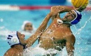 В Днепродзержинске закончился 3-й тур Открытого чемпионата Украины по водному поло среди мужчин