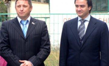 Мы с Андреем Павелко планируем создание мини-стадионов и футбольных полей, – Александр Верхогляд