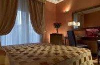 Президент поручил Колесникову и Порошенко разобраться с ценами на гостиницы