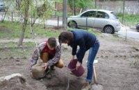 В Днепре прошла акция «Посади дерево – спаси город»: истории участников (ФОТО)