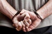 На Днепропетровщине мужчина избил и ограбил знакомую