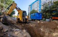 У Дніпрі на вулиці Моніторній закінчують будівництво зливової каналізації, якої ніколи не було
