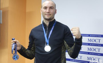 40-летний спортсмен из Днепра стал серебряным призером Чемпионата мира по кикбоксингу в Италии