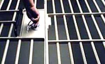 В смерти заключенного Синельниковской ИК № 94 виноват дождь