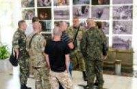 В ДнепрОГА презентовали уникальную фотовыставку о событиях в Иловайске: когда можно посмотреть снимки