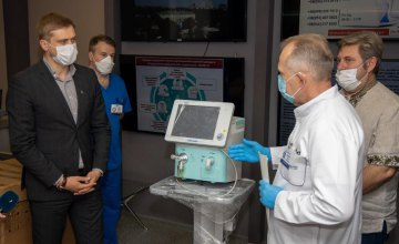 Днепропетровская ОГА передала областной больнице им. Мечникова новые аппараты ИВЛ эксперт-класса