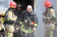 В Киеве горела квартира в многоэтажном доме: пострадало 3 человека