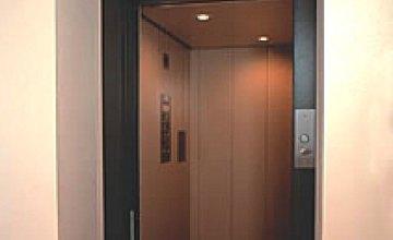 На ремонт лифтов городские власти Днепропетровска выделили 8,6 млн.грн.