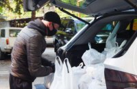Как волонтеры Центра социальной ответственности Днепра продолжают помогать одиноким нуждающимся пенсионерам (ФОТОРЕПОРТАЖ)