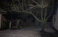 На Днепропетровщине бывший зек ворвался в дом пенсионера и ранил его ножом