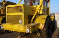 В Днепропетровской области работник погиб под колесами трактора