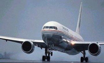 Самолет «Днепроавиа» совершил аварийную посадку в Турции