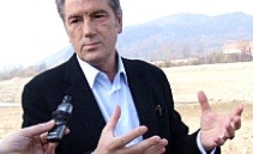 Ющенко экономит деньги путем увольнения 17 советников