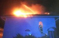 На Днепропетровщине во время пожара сгорел второй этаж жилого дома (ФОТО)