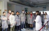 Врачи-имплантологи со всех уголков страны поделились впечатлениями от лекции Владимира Соболевского на заводе Bauer's Implants (ФОТО)