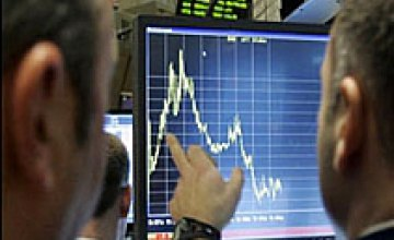 НБУ заставил банки работать по официальному курсу