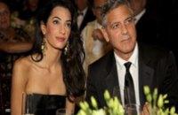 Джордж Клуни и Амаль Аламуддин хотят усыновить ребенка из Сирии