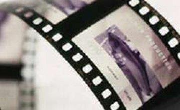 В феврале украинцев лишили возможности увидеть несколько кинопремьер